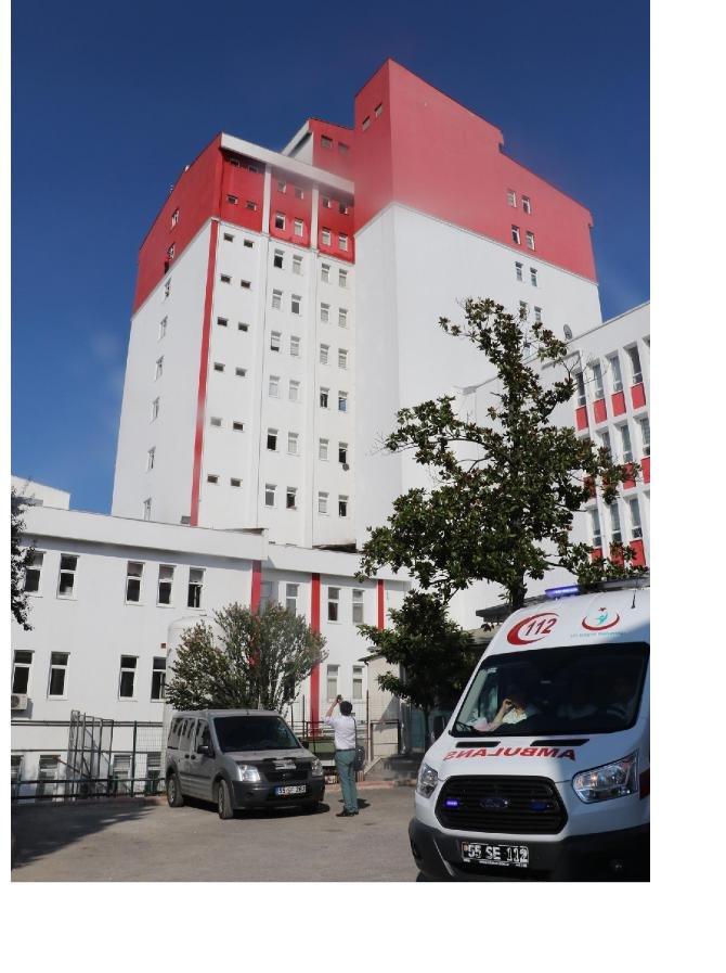 hastanede-intihar-girisimini-polis-engelledi_7051_dhaphoto2-(1).jpg